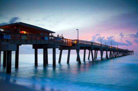 Dania beach florida miami ft lauderdale jai alai for Miami fishing piers