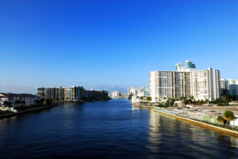 hallandale beach florida skyline